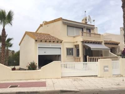 3 bedroom, 2 bathroom terraced house in Orihuela Costa (Las Ramblas) only 194,000 euros
