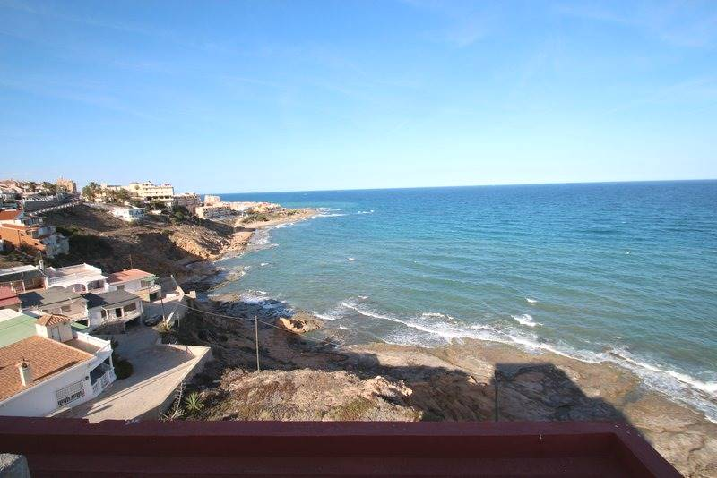 9 bedroom, 9 bathroom plot in Torrevieja only 2,850,000 euros