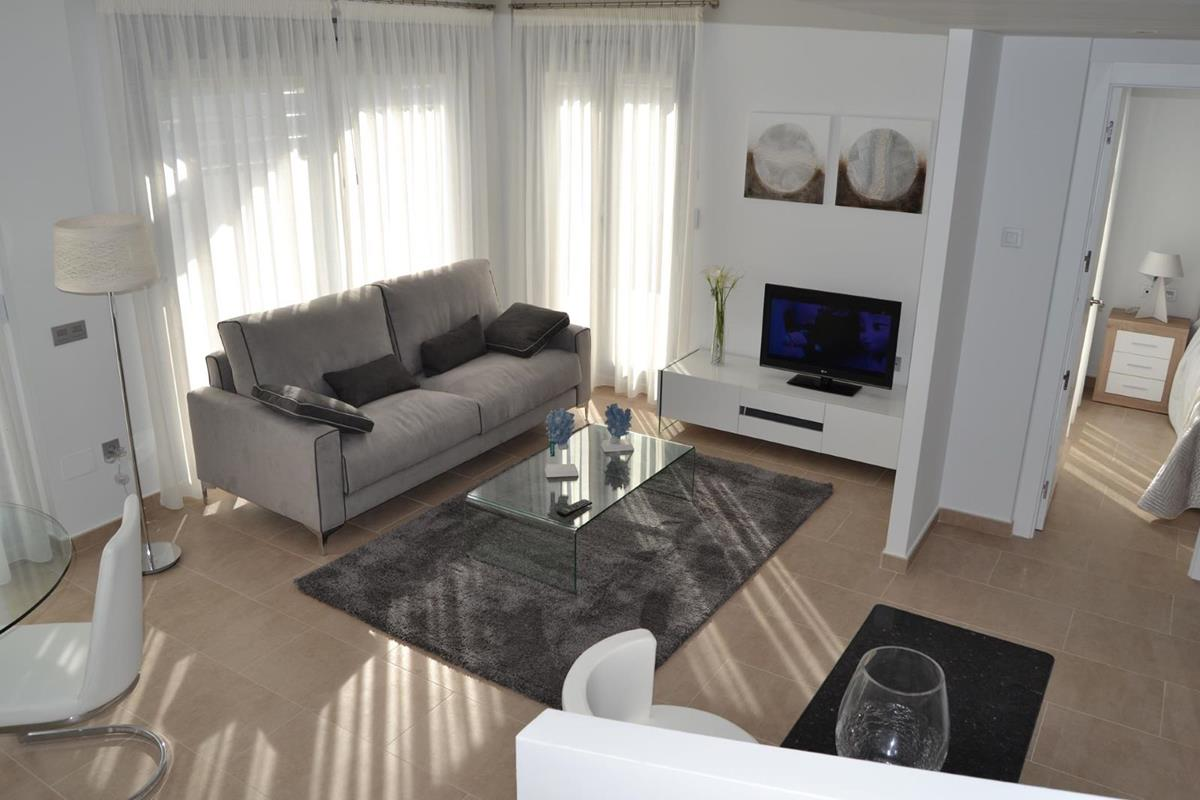 3 bedroom, 3 bathroom villa in Orihuela (Villamartin) only 269,000 euros
