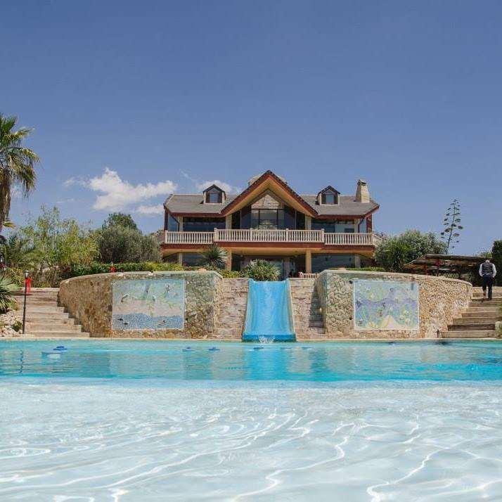 5 bedroom, 5 bathroom villa in Orihuela only 3,895,000 euros