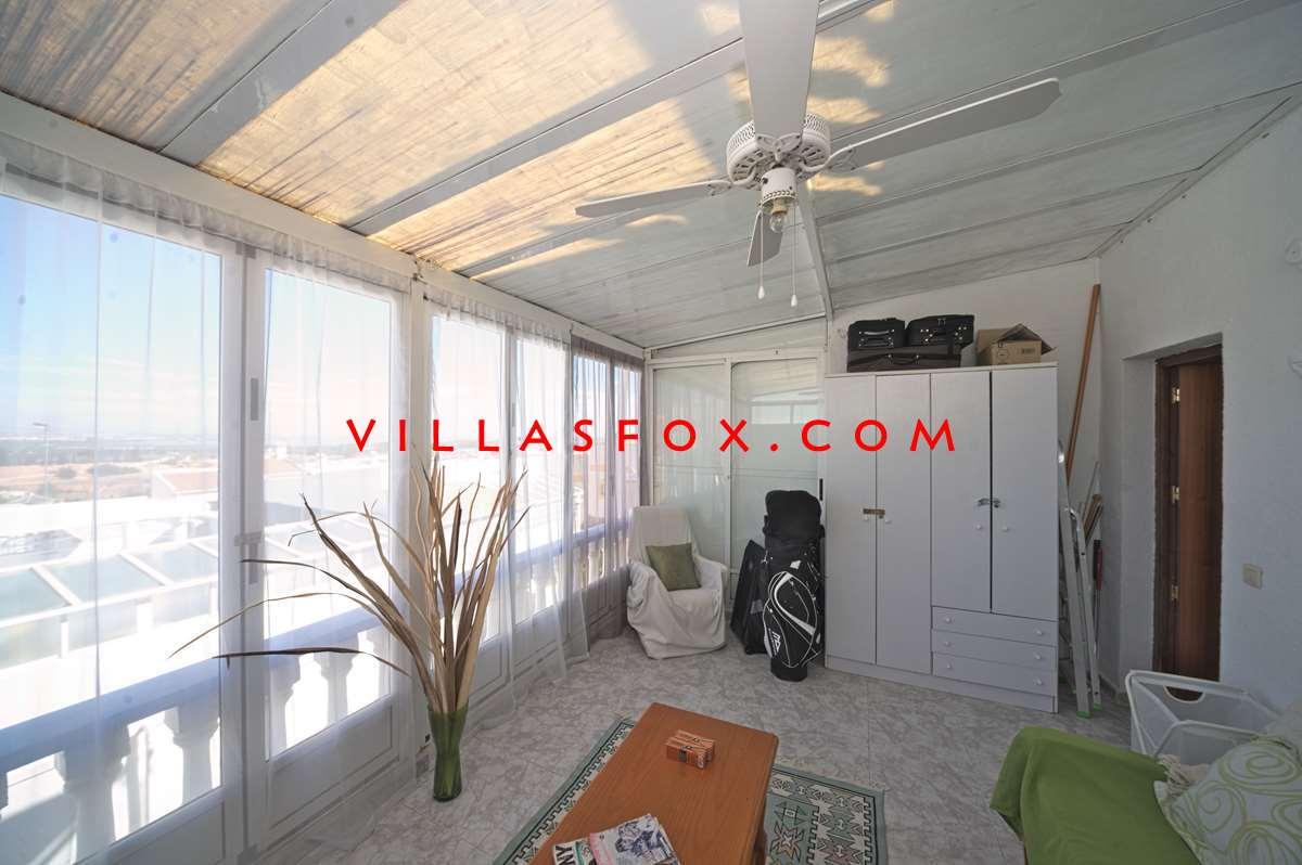 2 bedroom spacious townhouse with solarium and views, Balcón de la Costa only 85,000 euros !!