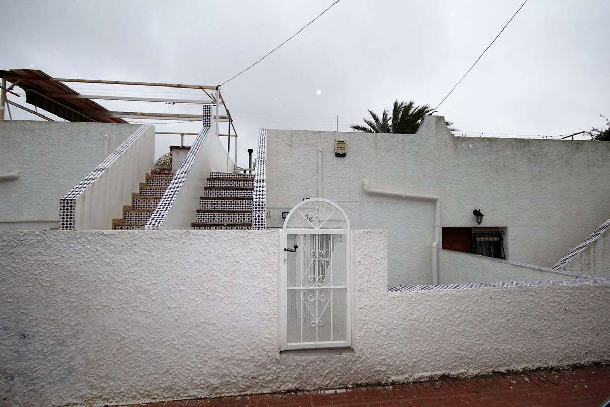 1 bedroom, 1 bathroom bungalow in San Miguel de Salinas only 59,950 euros