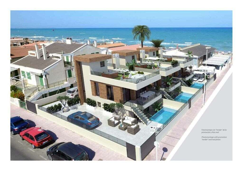 3 bedroom, 3 bathroom villa in Torrevieja (La Mata) only 795,000 euros