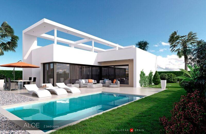 2 bedroom, 1 bathroom villa in Benijófar only 265,000 euros