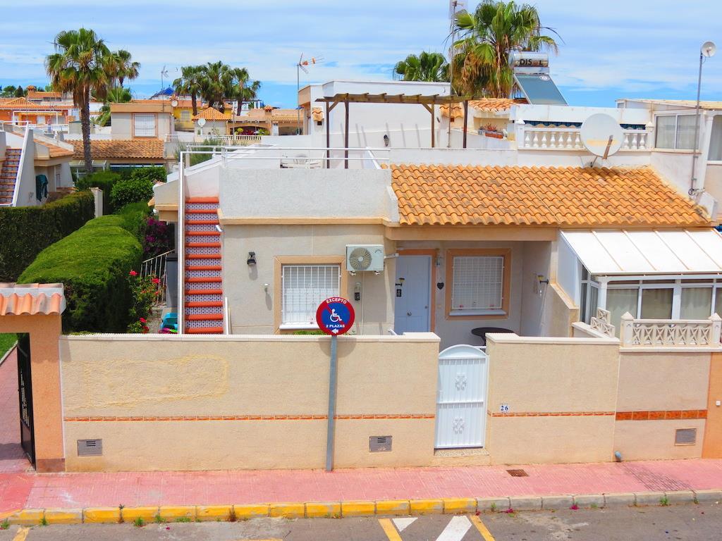 3 bedroom, 1 bathroom townhouse in Torrevieja (Los Altos) only 120,000 euros