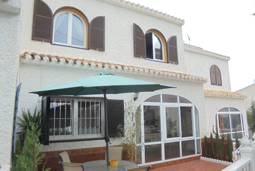 2 bedroom, 2 bathroom apartment in Orihuela Costa (Villamartin) only 120,000 euros