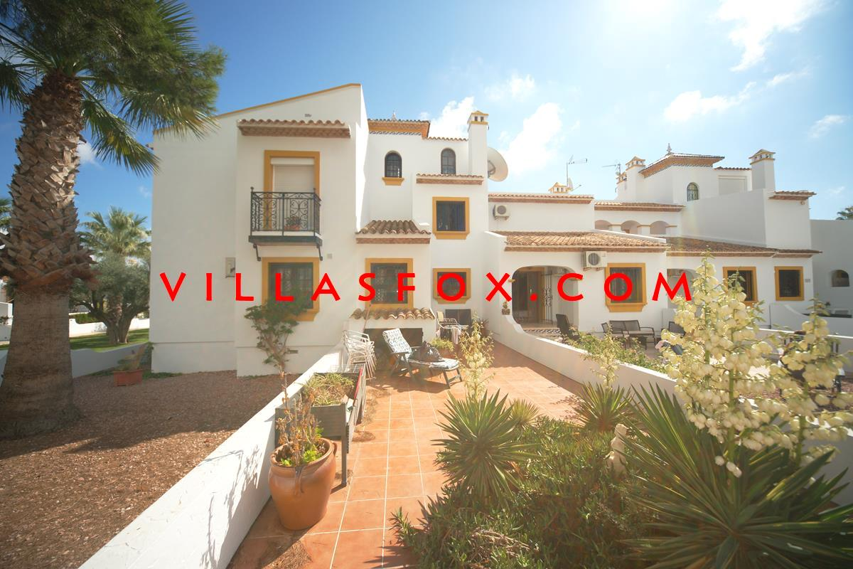 2-bedroom townhouse in Las Valencias, Villamartin with front and rear gardens now only 115,000 euros