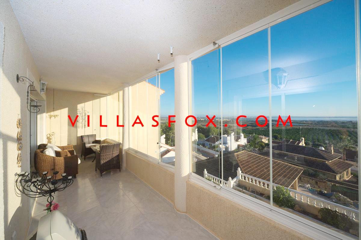 4-bedroom large villa on 2 levels with AMAZING views! Comunicaciones, San Miguel de Salinas only 379